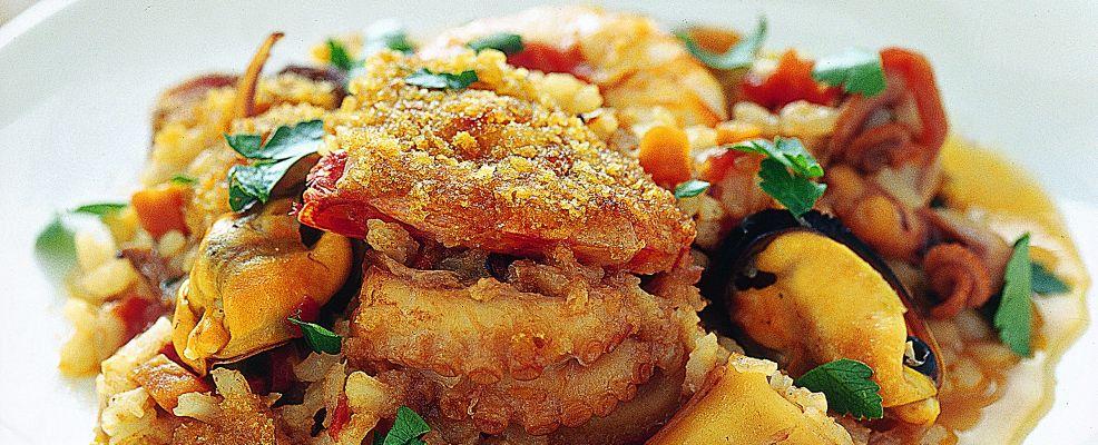 buridda-di-pesce-con-riso-e-noci ricetta