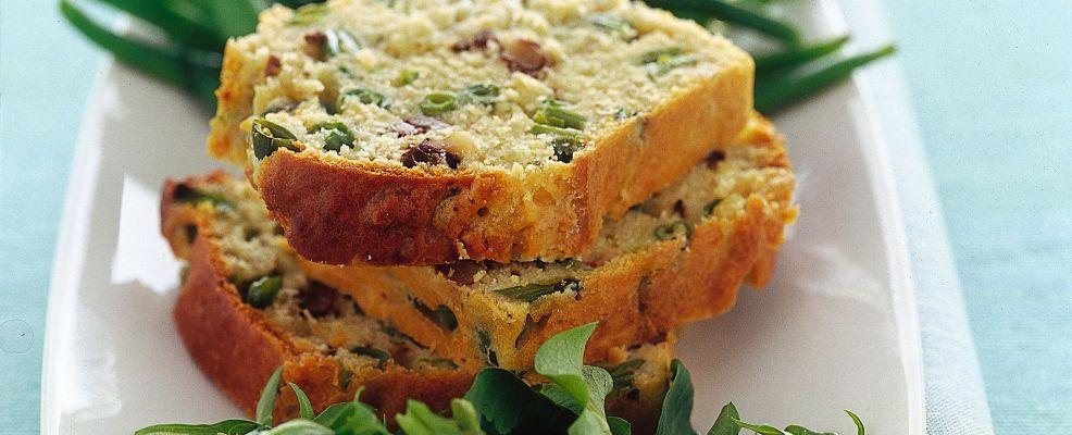 cake-salato-farcito-con-noci-e-roquefort ricetta