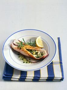 I calamari con ripieno mediterraneo