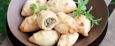 calzoncini-ripieni-di-carne-e-melanzane