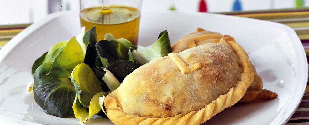 calzoni-di-pollo-al-rosmarino