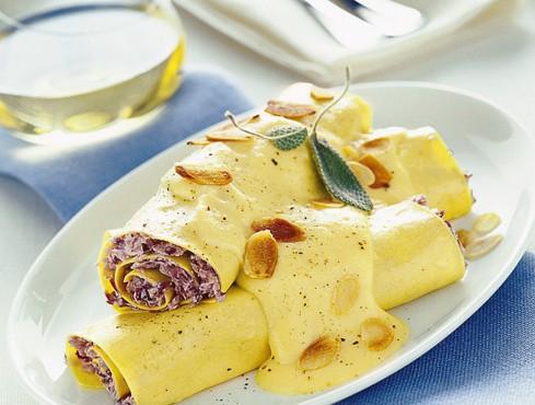 cannelloni-con-radicchio-e-zabaione-salato ricetta