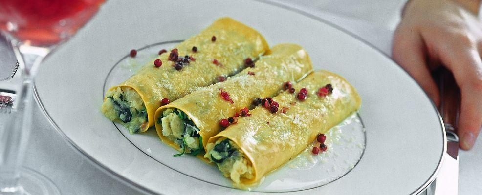 cannoli-con-crema-di-baccala-e-spinacini ricetta