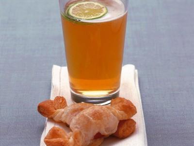 caramelle-di-sfoglia-con-cocktail-frizzante