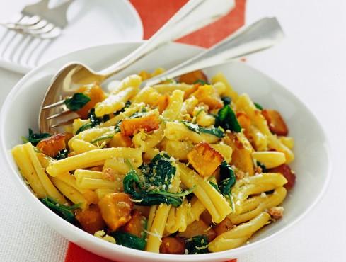 caserecce-con-zucca-spinacini-e-limone