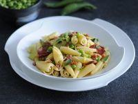castellane-con-piselli-e-salame-piccante ricetta
