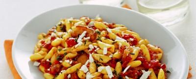 cavatelli-con-porcini-pomodori-secchi-e-salsiccia