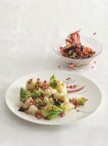 Cavolo romanesco, cavolfiore e frutta secca