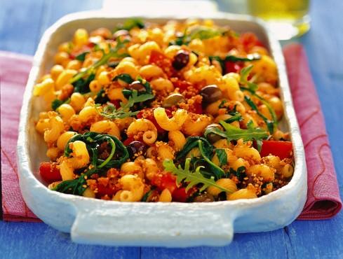 cellentani-con-pomodori-rucola-e-briciole-al-sesamo
