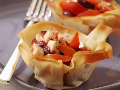 cestinetti con insalata caprese ricetta