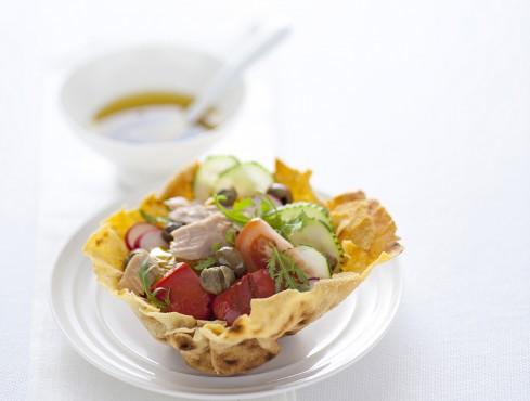 cestini-con-insalata-di-peperoni-e-tonno