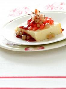 Cheesecake con melagrana e ribes bianco