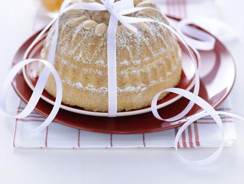 ciambella-alla-cannella-con-le-mandorle ricetta
