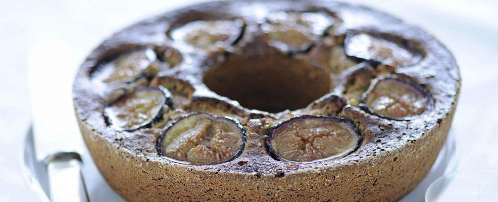 ciambella-di-mandorle-al-cioccolato ricetta