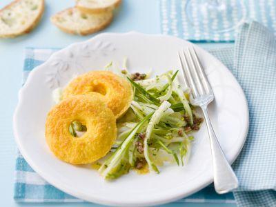 ciambelline-al-pecorino-con-insalata-di-puntarelle foto