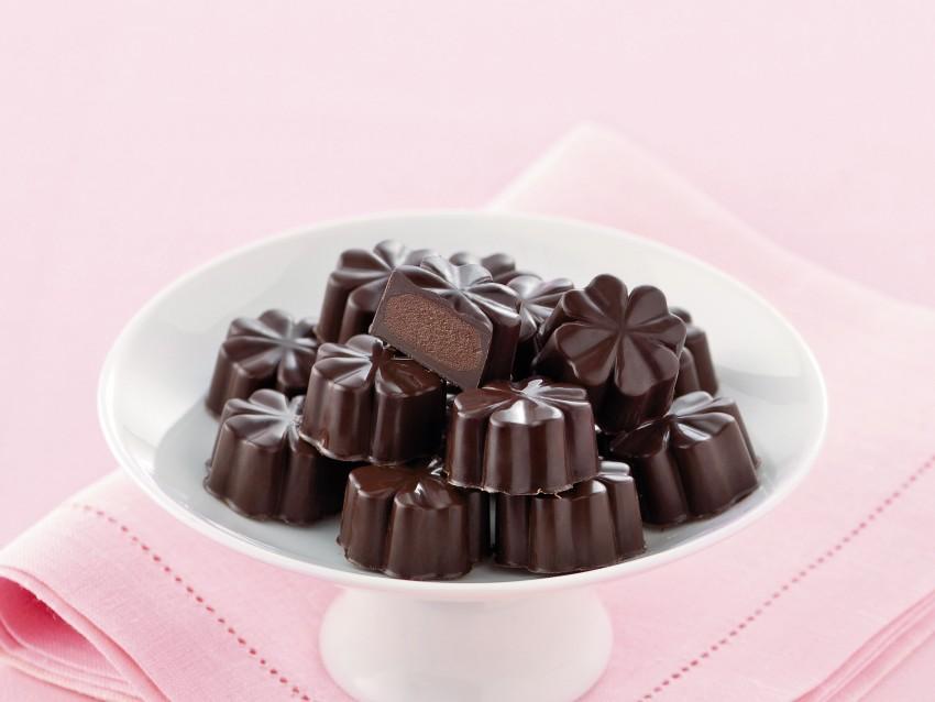 cioccolatini-ripieni preparazione