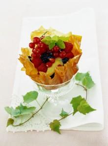 Le ciotoline di frutti di bosco con crema al lime