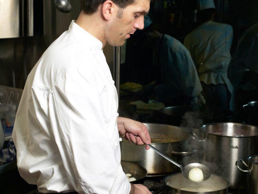 cipolla-caramellata-con-crema-di-parmigiano immagine
