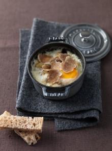 Cocottine di uova tartufate