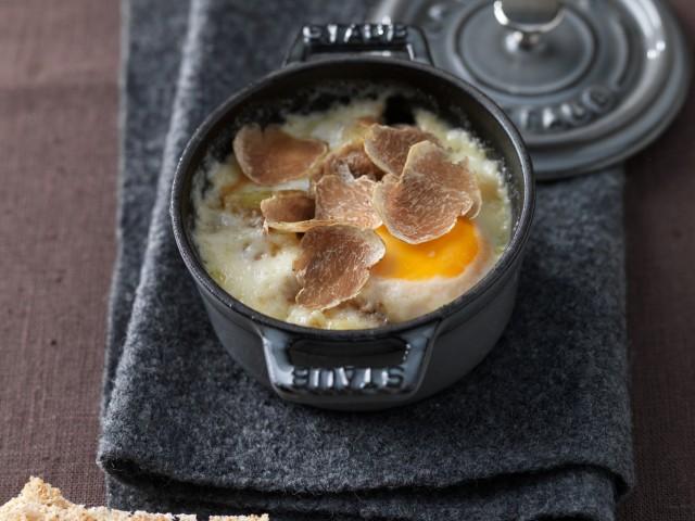 cocottine di uova tartufate Sale&Pepe