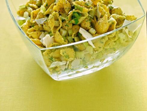 conchigliette-al-pesto-di-sedano-e-noci ricetta