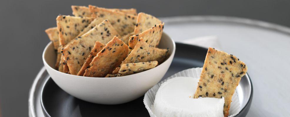 cracker-con-robiola-di-capra