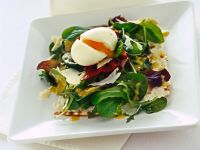 croccantina-con-misticanza-uovo-barzotto-e-prosciutto