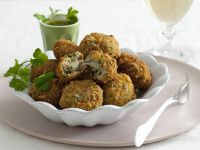 crocchette-con-patate-bietole-e-cuore-di-mozzarella