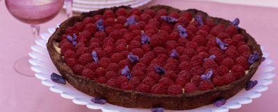 crostata-al-cacao-con-lamponi