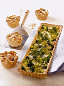 Crostata con broccoli e crescenza