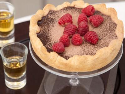 crostata-di-cioccolato-con-i-lamponi