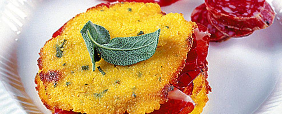 crostini-di-polenta-con-salumi