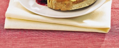 crostoni-di-pane-con-formaggio-di-fossa