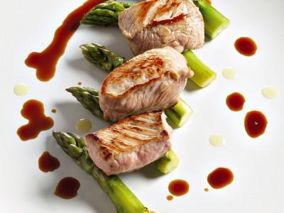 cubi-di-vitello-marinato-alla-salvia-con-asparagi step