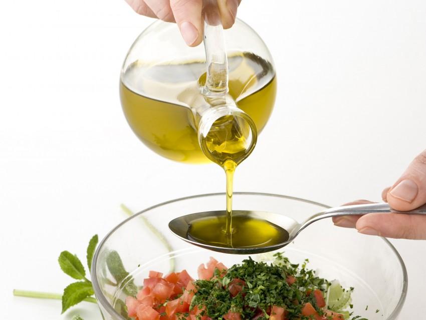 cuscus-con-olive-e-menta foto