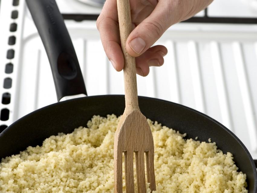 cuscus-con-olive-e-menta ricetta
