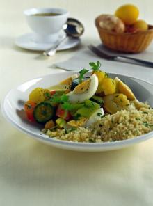 Cuscus con verdure profumate alla curcuma