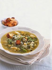 Zuppa di patate e zucchine al peperoncino
