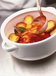 Di peperoni gialli con pane croccante