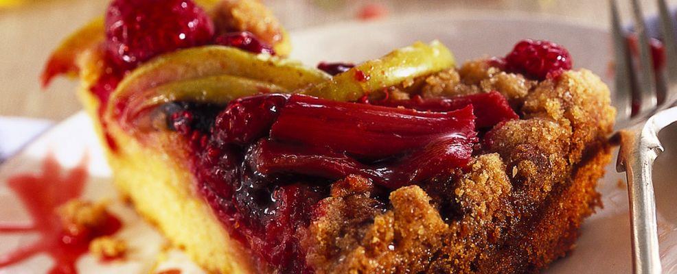 dolce di rabarbaro, mele e lamponi Sale&Pepe ricetta