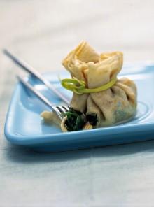 I fagottini con spinaci, gorgonzola e noci