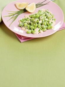 Le fave in fricassea con erba cipollina