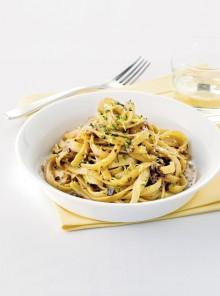 Le fettucce con olive e prezzemolo
