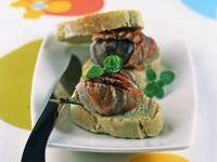 fichi-alla-brace-con-pane-alle-erbe ricetta
