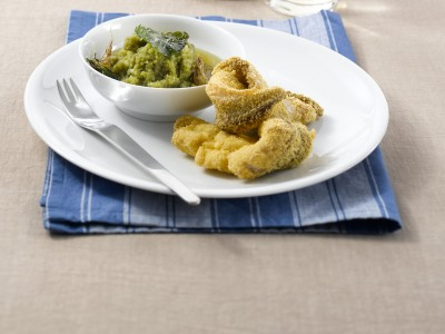 filetti-fritti-con-pure-di-fagiolini-e-patate