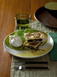 Focaccia con olive e acciughe