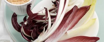 foglie-di-insalata-con-dip