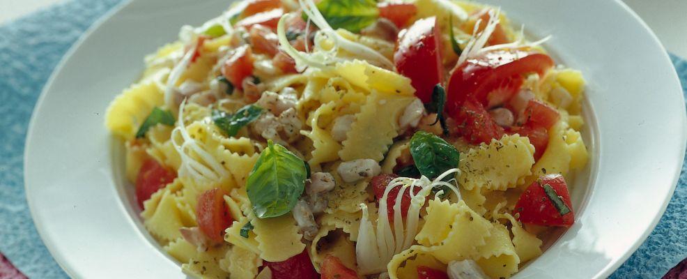 frappe-con-tartara-di-branzino-e-pomodori ricetta