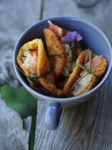 Frittelle di patate con crauti e speck