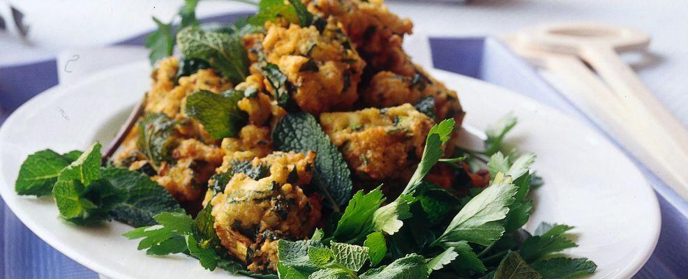 frittelle-di-zucchine-alla-menta ricetta sale e pepe